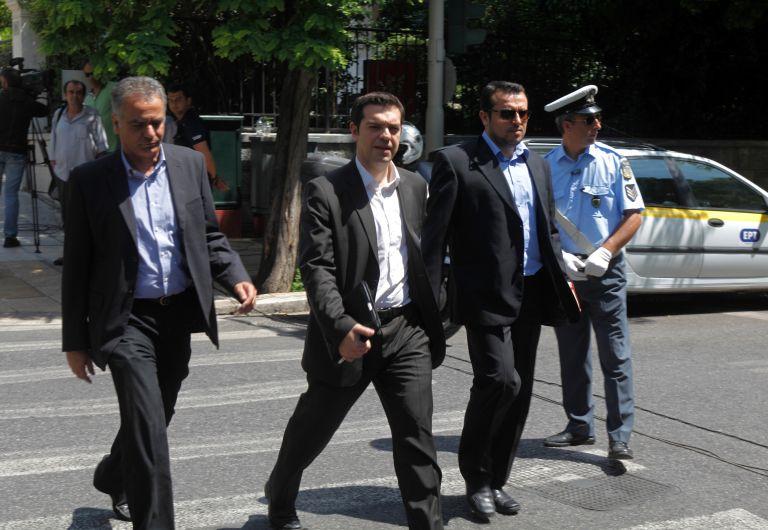 ΣΥΡΙΖΑ: «Αργησε το ΚΚΕ να καταλάβει το δίλημμα για το μνημόνιο» | tovima.gr