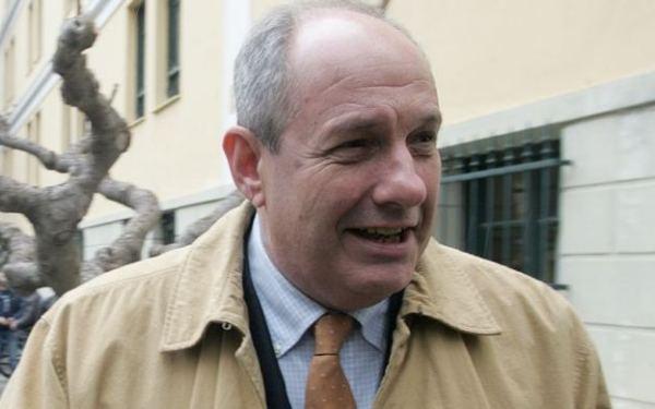 Τ. Κουίκ: «Κάποιοι θέλουν να κάψουν τον κ. Καμμένο και να τον βγάλουν εκτός παιχνιδιού» | tovima.gr