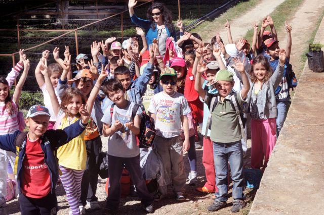 Σε εκκρεμότητα η μεταφορά μαθητών με τουριστικά λεωφορεία | tovima.gr