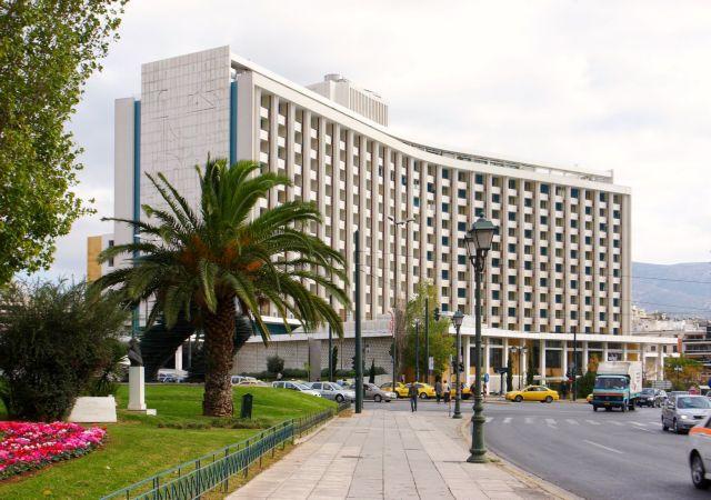 Ζημιές για το Athens Hilton | tovima.gr