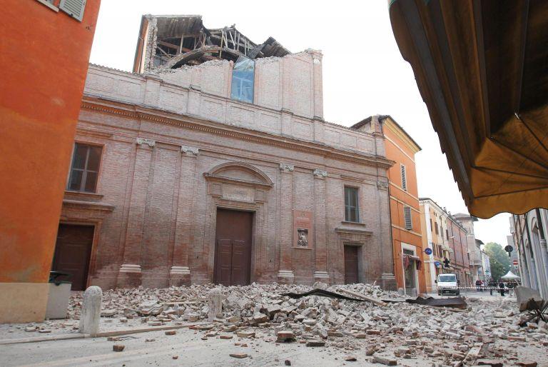 Ιταλία: Επτά νεκροί και 3.000 άστεγοι απ' τον σεισμό στην Εμίλια-Ρομάνια | tovima.gr
