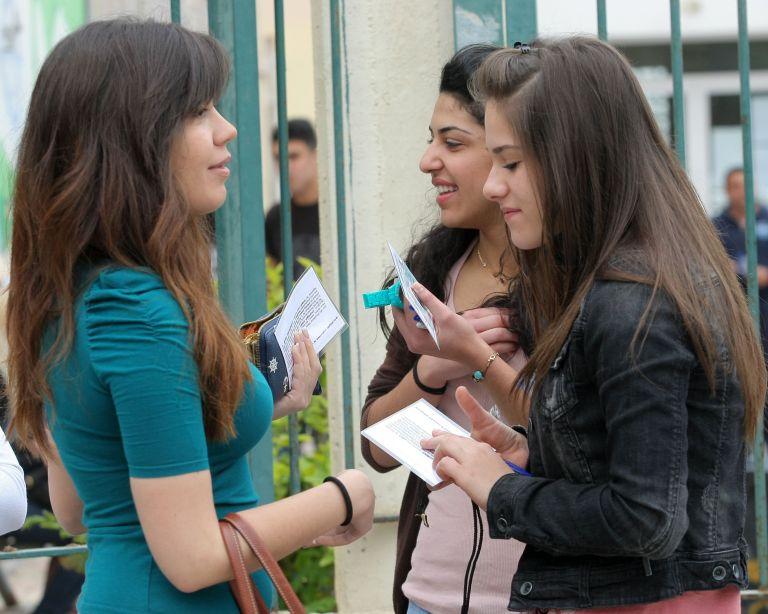 Στην τελική ευθεία για τις εξετάσεις οι υποψήφιοι | tovima.gr