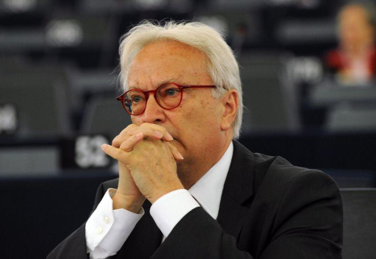 Χάνες Σβόμποντα: Απογοητευμένος από την καθυστέρηση στις μεταρρυθμίσεις | tovima.gr