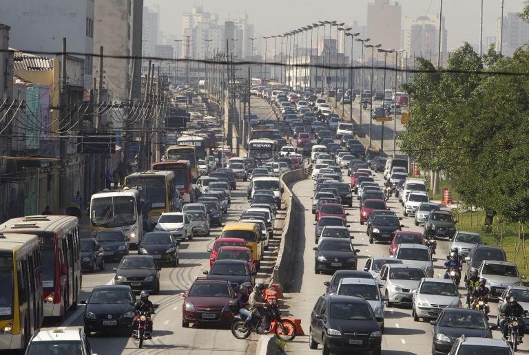 Βραζιλία: Παραλύει το Σάου Πάουλου από απεργία στο μετρό | tovima.gr