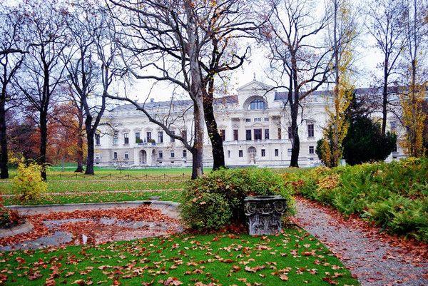 Γκρινιάζουν οι κάτοικοι της «υποδειγματικής» Βιέννης | tovima.gr