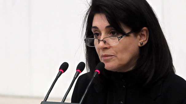 Η Τουρκία στέλνει ξανά στη φυλακή την Λεϊλά Ζανά | tovima.gr