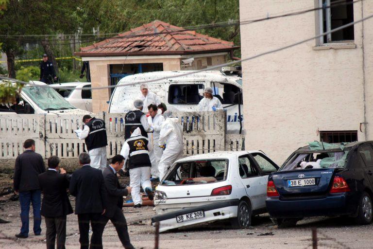 Τουρκία: Δύο αστυνομικοί νεκροί από επίθεση αυτοκτονίας | tovima.gr