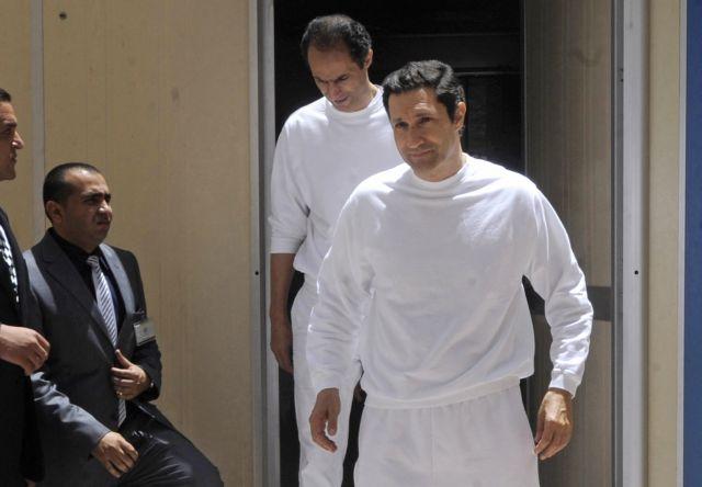 Αίγυπτος: Ελεύθεροι οι δύο γιοι του Μουμπάρακ   tovima.gr