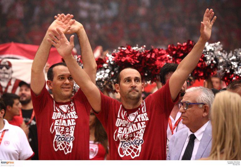 Μπάσκετ: «Παράγοντες της Χρονιάς» οι αδελφοί Αγγελόπουλοι | tovima.gr