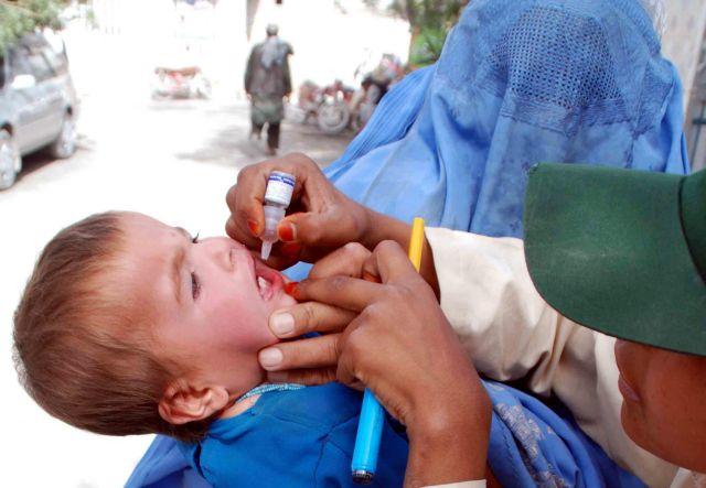 «Τέλος οι εμβολιασμοί από ΜΚΟ», λένε οι Ταλιμπάν του Πακιστάν | tovima.gr