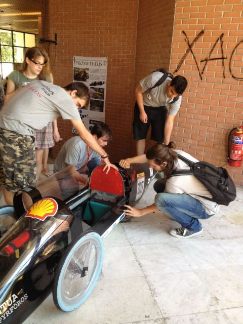 Νέο ρεκόρ οικονομίας καυσίμου από φοιτητές του ΕΜΠ | tovima.gr