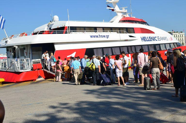 Μεγάλη ταλαιπωρία για δεκάδες επιβάτες στις Σπέτσες | tovima.gr