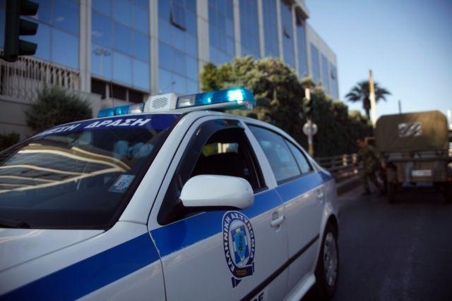 Για πρόκληση βίας εναντίον Αφγανού κατηγορούνται δύο αστυνομικοί | tovima.gr