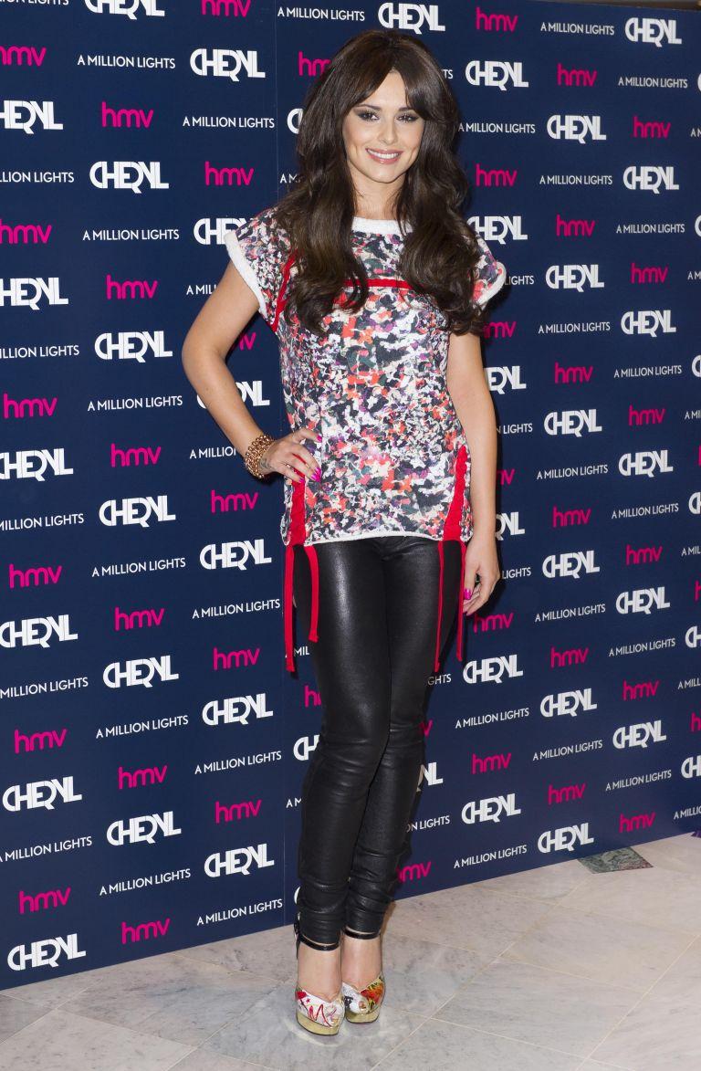 Η Σέριλ Κόουλ στο Glee   tovima.gr