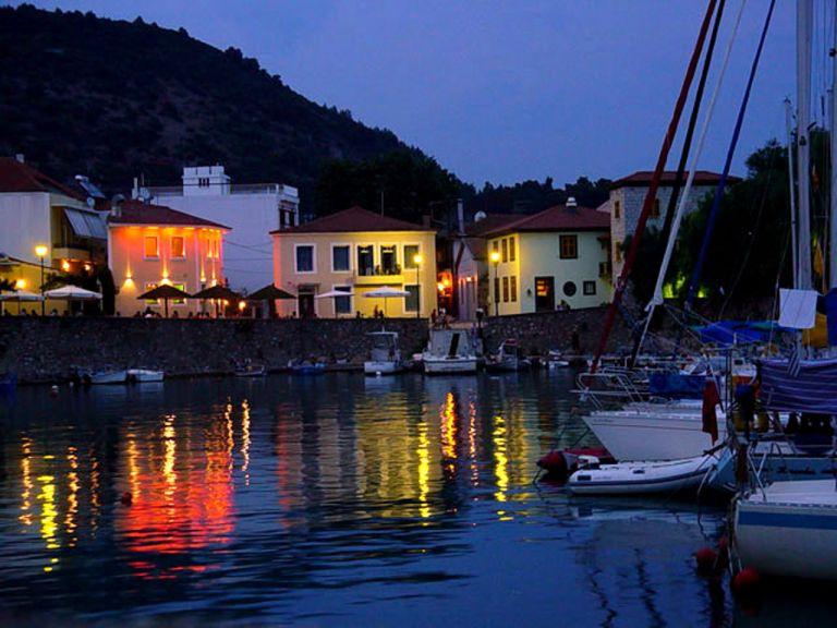 Φεστιβάλ «50's Cruise» στη Ναύπακτο | tovima.gr