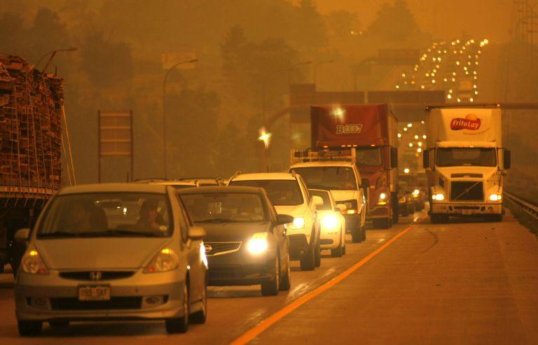 ΗΠΑ – Κολοράντο: 32.000 κάτοικοι άφησαν τα σπίτια τους λόγω φωτιάς | tovima.gr