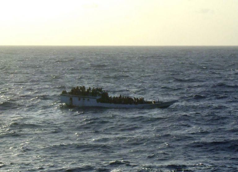 Ινδονησία: Νέο ναυάγιο με 130 μετανάστες προς Αυστραλία | tovima.gr