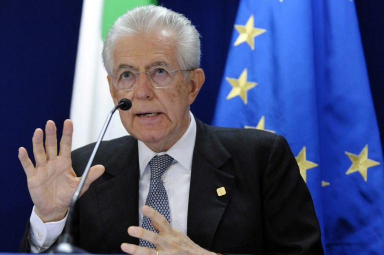 Ιταλία: Μαζικό «όχι» από τα κόμματα στη μείωση των δημοσίων υπαλλήλων | tovima.gr