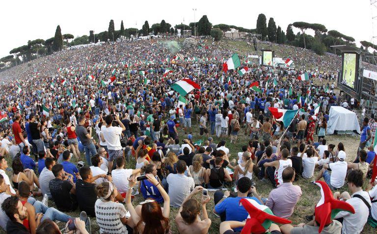 Ρώμη:  Ναζιστικά σύμβολα στον τελικό του Euro | tovima.gr