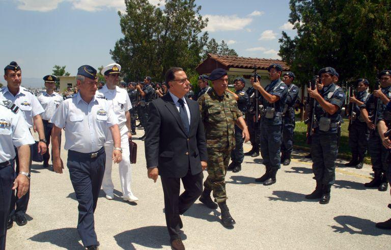 Π. Παναγιωτόπουλος: Δεν πρέπει να υπάρξουν άλλες περικοπές στους στρατιωτικούς | tovima.gr