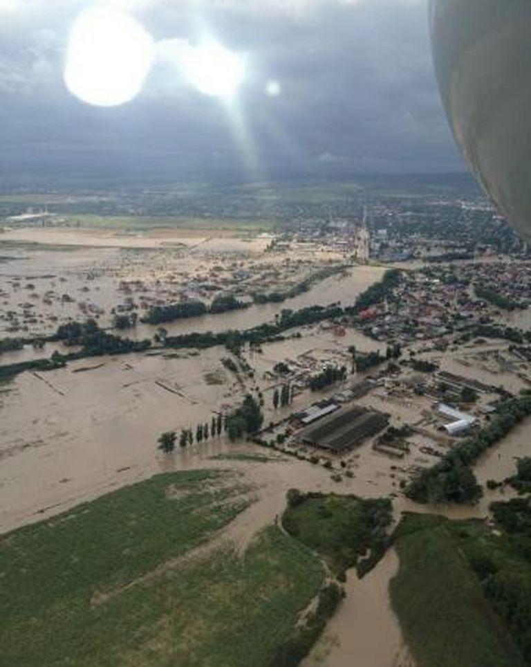 Δεκάδες νεκροί, βιβλικές καταστροφές από πλημμύρες στη νότια Ρωσία   tovima.gr