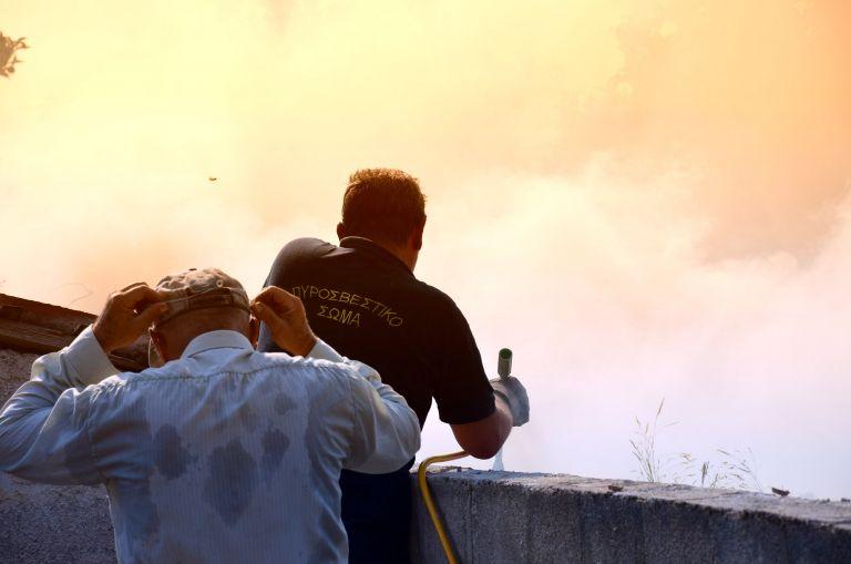 Μάχη με τις φλόγες σε Θεσσαλονίκη και Κω   tovima.gr