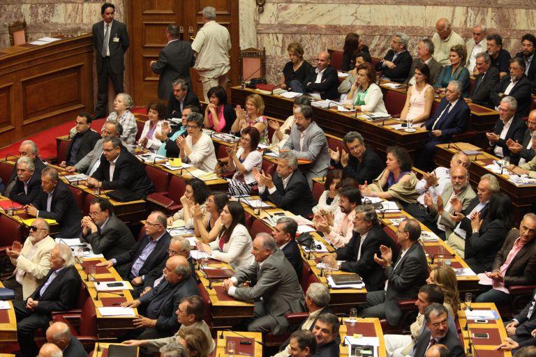 ΣΥΡΙΖΑ: «Να μην εφαρμοσθεί το Μνημόνιο για τη δημόσια διοίκηση» | tovima.gr