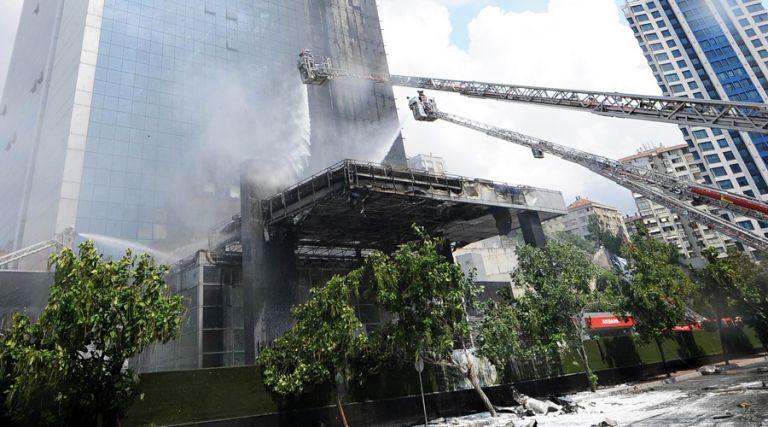 Τι κάνουμε όταν πιάνει φωτιά στον 40ό όροφο;   tovima.gr