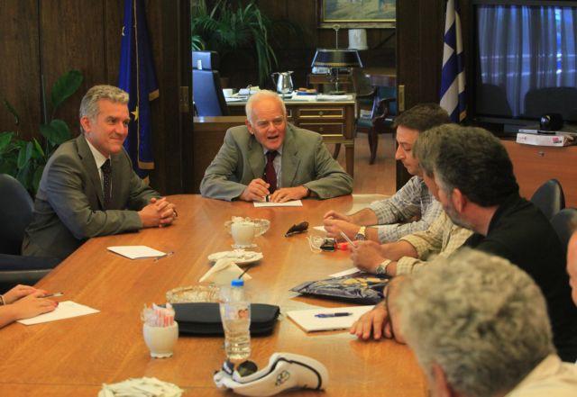 Χωρίς απολύσεις, μεταρρύθμιση και «λουκέτο» σε οργανισμούς   tovima.gr
