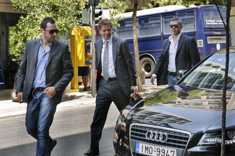 Εντονος προβληματισμός στη συνάντηση Βενιζέλου – τρόικας | tovima.gr