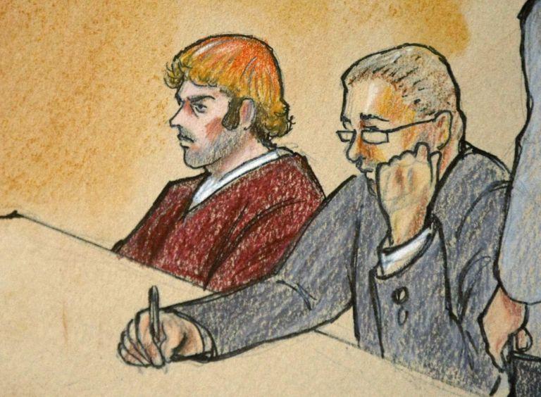 Ντένβερ: Απαθής άκουσε ο Χολμς το κατηγορητήριο των 142 απαγγελιών | tovima.gr