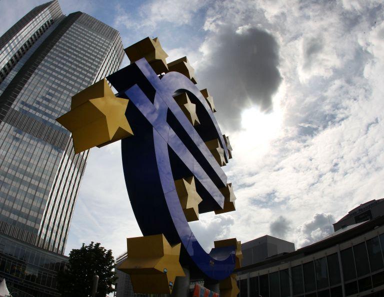 Εν όψη των κρίσιμων ανακοινώσεων για το ΑΕΠ της ευρωζώνης | tovima.gr