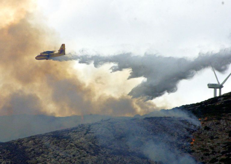 Υπό μερικό έλεγχο η πυρκαγιά στο Σοφικό Κορινθίας | tovima.gr