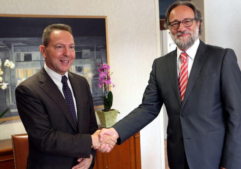 Συμφωνία με Ελβετία για αποφυγή διπλής φορολόγησης εισοδημάτων | tovima.gr