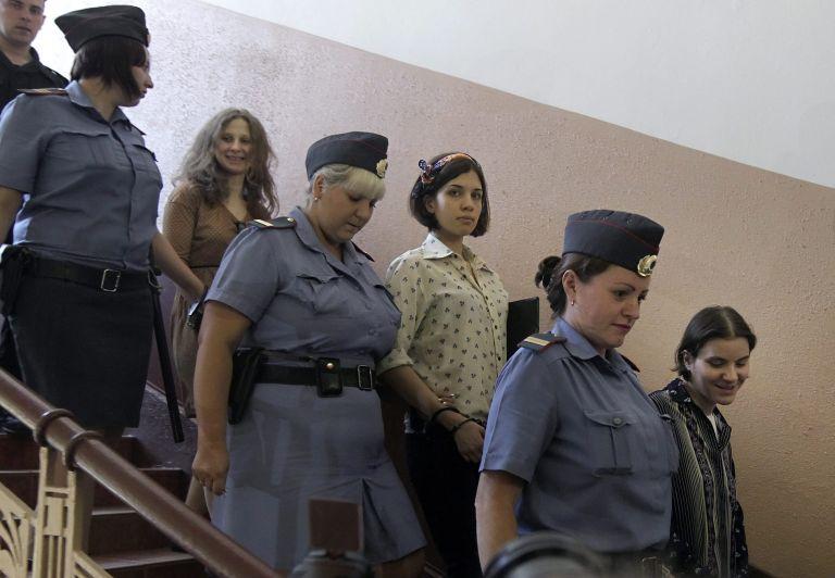 Ρωσία: Εισαγγελική πρόταση για ποινή τριών ετών για τις Pussy Riot | tovima.gr