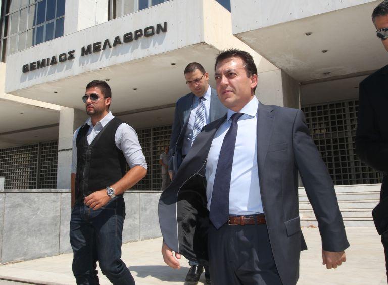Γ. Βρούτσης: Ερχονται «λουκέτα» για τη «μαύρη εργασία»   tovima.gr