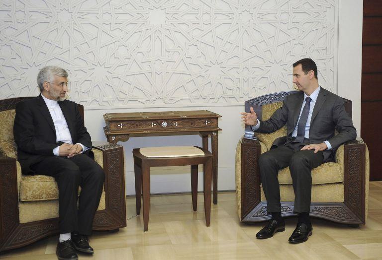 Δημόσια εμφάνιση του Ασάντ με τον αντιπρόσωπο του Ιράν | tovima.gr