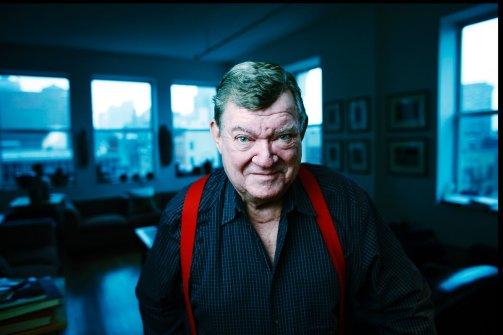 Πέθανε ο Αυστραλός κριτικός της τέχνης Ρόμπερτ Χιουζ | tovima.gr