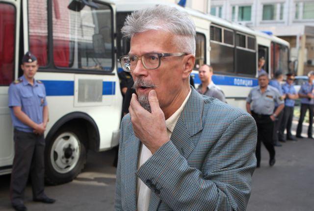 Εμανουέλ Καρρέρ: Βρήκα τον άνθρωπο που ενσαρκώνει το χάος της μετακομμουνιστικής εποχής | tovima.gr