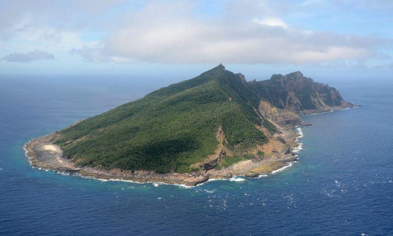 Ιαπωνία: «Απόβαση» κινέζων ακτιβιστών σε διαφιλονικούμενα νησιά | tovima.gr