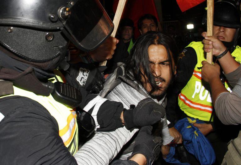 Ο Ασάνζ προκαλεί κρίση μεταξύ Ισημερινού και Βρετανίας | tovima.gr