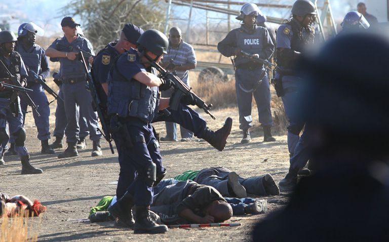 Νότια Αφρική: Ισχυρή αστυνομική παρουσία στο μεταλλείο Μαρικάνα | tovima.gr