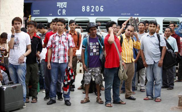Ινδία: Φήμες για «πογκρόμ» σπέρνουν πανικό   tovima.gr