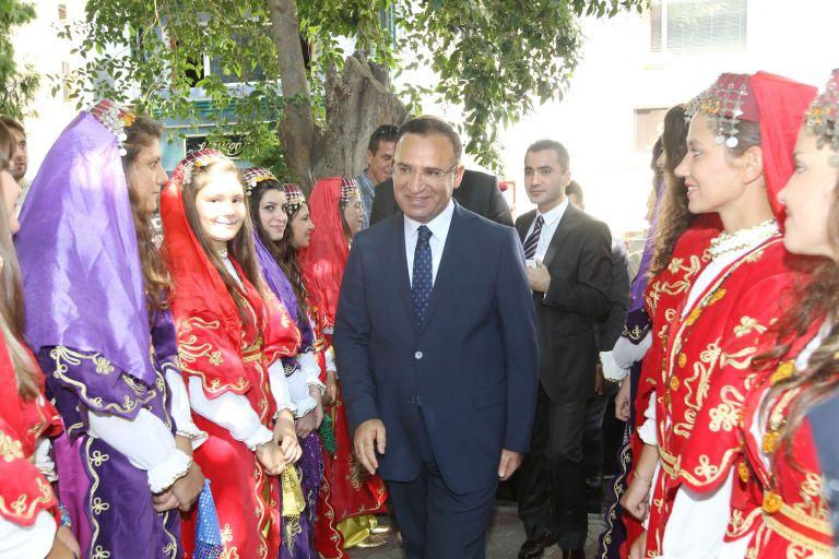Μποζντάγ: Νομίζαμε ότι είχε λόγο ανδρός ο Τσίπρας για τους τούρκους αξιωματικούς | tovima.gr