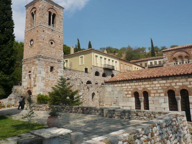 Μονή Οσίου Λουκά, η Αγια-Σοφιά της Ρούμελης | tovima.gr