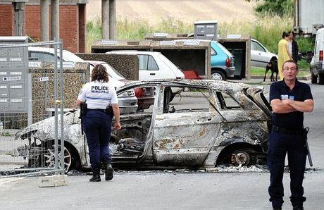 Σε διαρκή επαγρύπνηση η γαλλική αστυνομία μετά την Αμιένη | tovima.gr