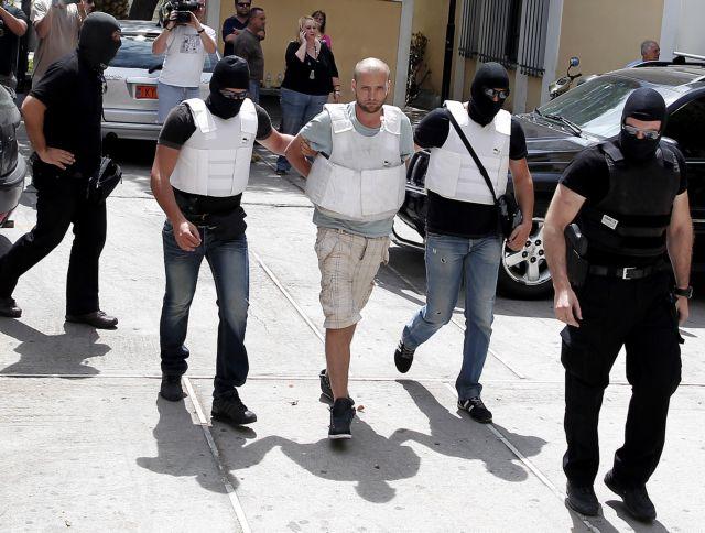 Ποιοι εκτέλεσαν τον ταξιτζή στην Πάρο | tovima.gr