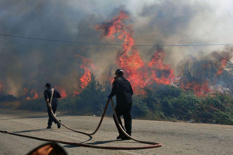 Συνελήφθησαν δύο άτομα για την πυρκαγιά στον Άγιο Γεώργιο Κορωπίου | tovima.gr