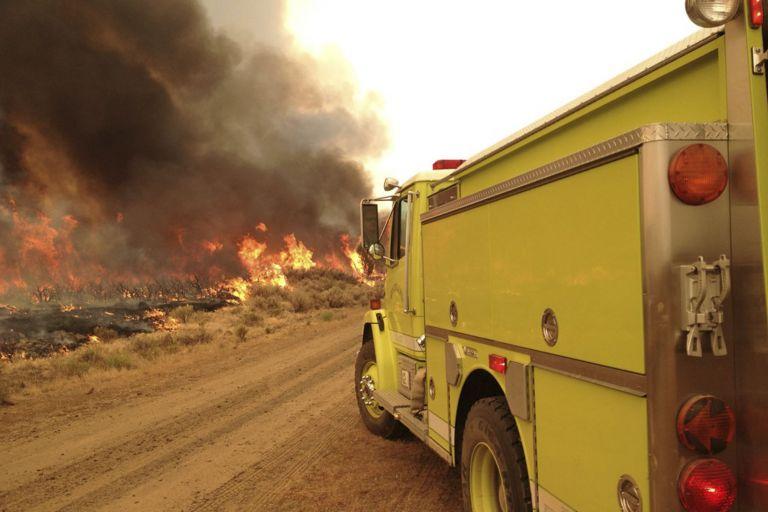 Καλιφόρνια: Σε κατάσταση έκτακτης ανάγκης από μεγάλη πυρκαγιά   tovima.gr