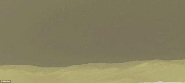 Τι είναι τα «φωτάκια» που κατέγραψε το Curiosity; | tovima.gr